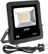 LE LED Strahler mit EU Stecker, 30W 2400 Lumen Superhell Fluter Ersetzt für 75W Hochdrucknatriumlampe, IP65 Wasserdicht Scheinwerfer, Warmweiß Außenleuchten für Garten Baustelle, Garage usw.